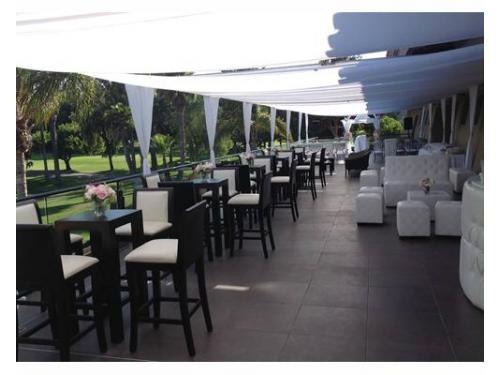 Mesas,sillas periqueras y sillones lounge