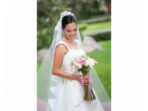 Ana laura zenteno boda de noche