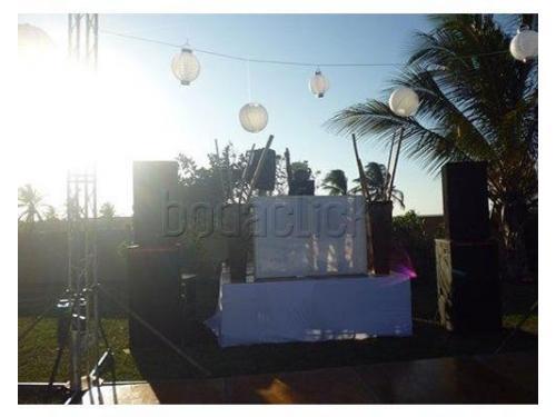 Zona de dj para bodas en playa