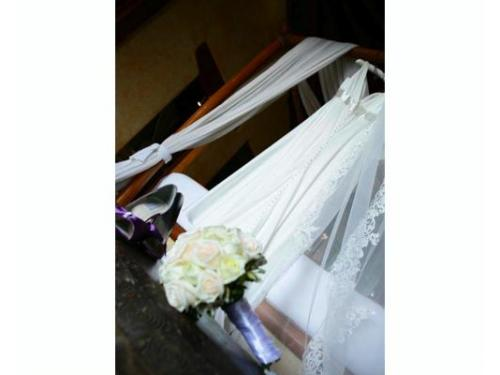 Vestido de la novia y ramo