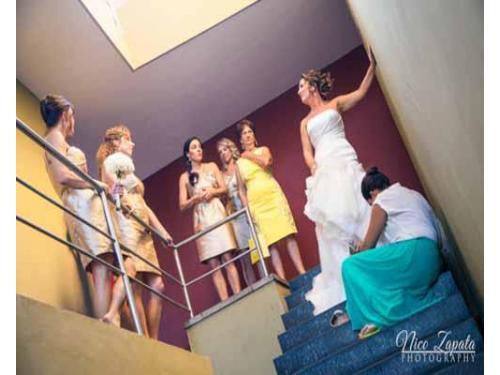 La novia preparandose