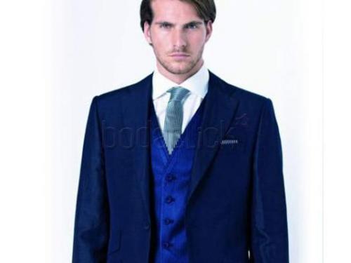 Corbata combinada con el chaleco