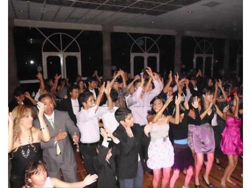 Pon a bailar a todos tus invitados