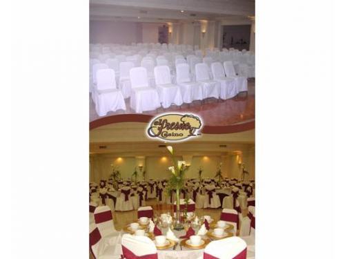 Mobiliario para bodas y eventos