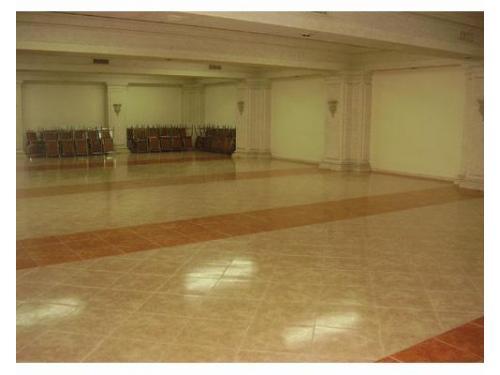Amplio salón para bodas