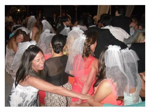 Velos de novia para tus inivtadas