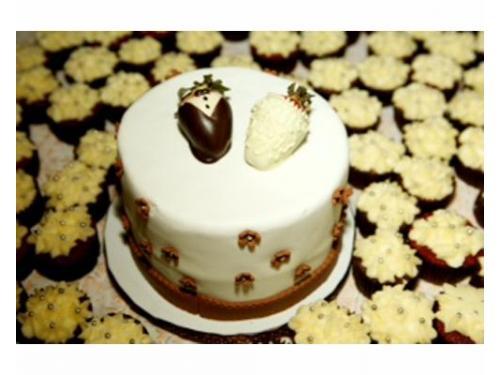 Pastel con cupcakes