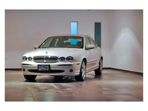 Elegantes automóviles en renta