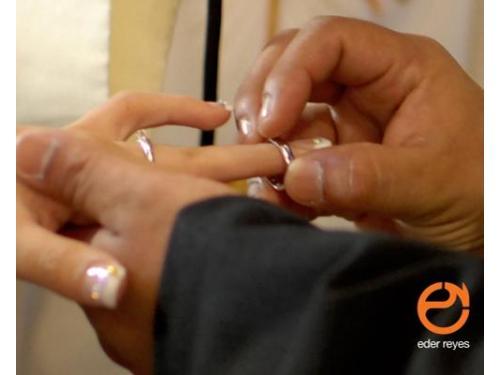 Entrega del anillo a la novia