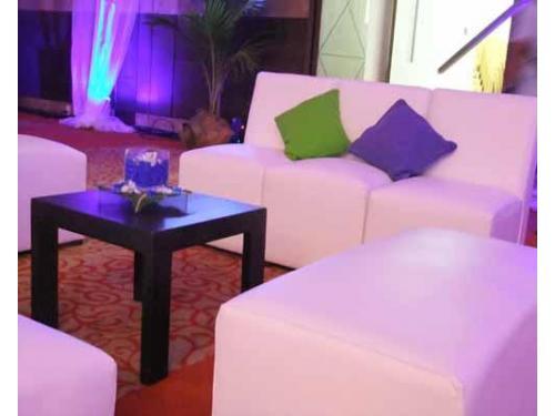 Iluminación en sala lounge
