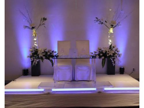 La mesa donde disfrutarás con tu pareja de la celebración de su boda