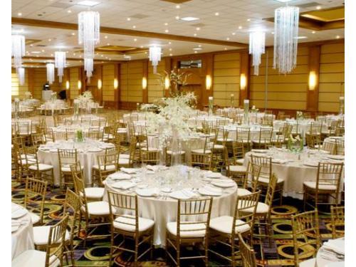 Montaje de bodas blanco