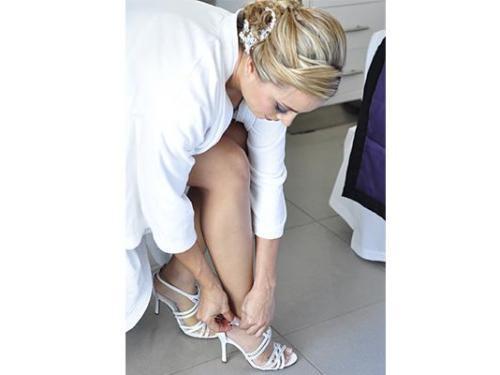 Colocándose las zapatilas