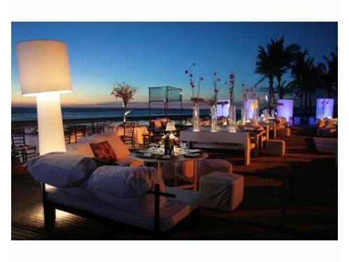 Zona lounge en la playa