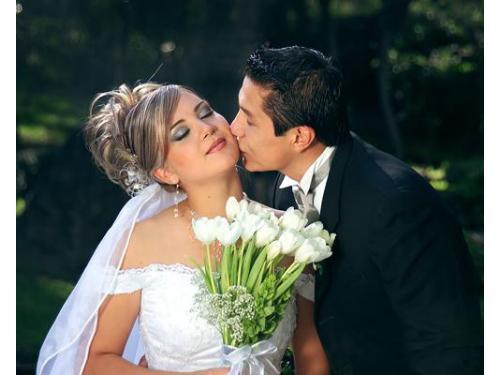 Besos románticos