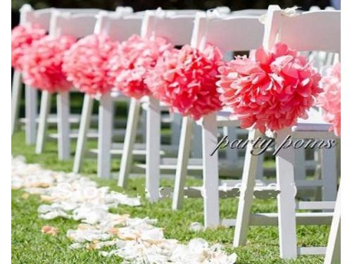 Decoración en la sillas de la ceremonia