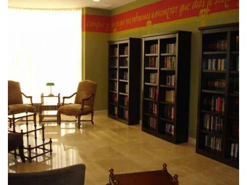 Grandes espacios en la biblioteca