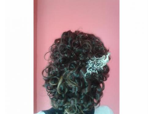 Peinado con tocado